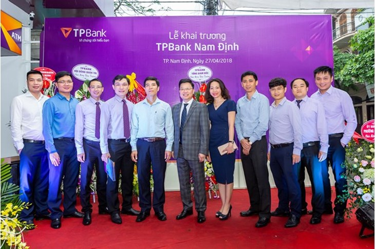 Lãnh đạo TPBank tại lễ khai trương chi nhánh Nam Định. (Nguồn: TPBank)